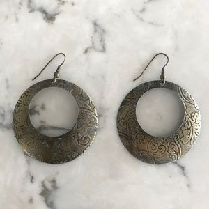 Dusty bronze / metal dangling earrings